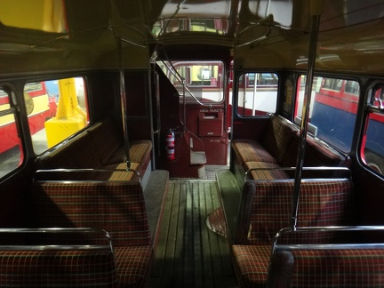RM1708-Routemaster-Int-LowerRearSeats