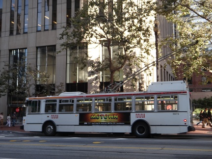 14TrSF-Muni-Ext-Side