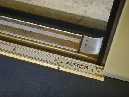 Xtrapolis100-Int-Alstom-BuilderPlate-B