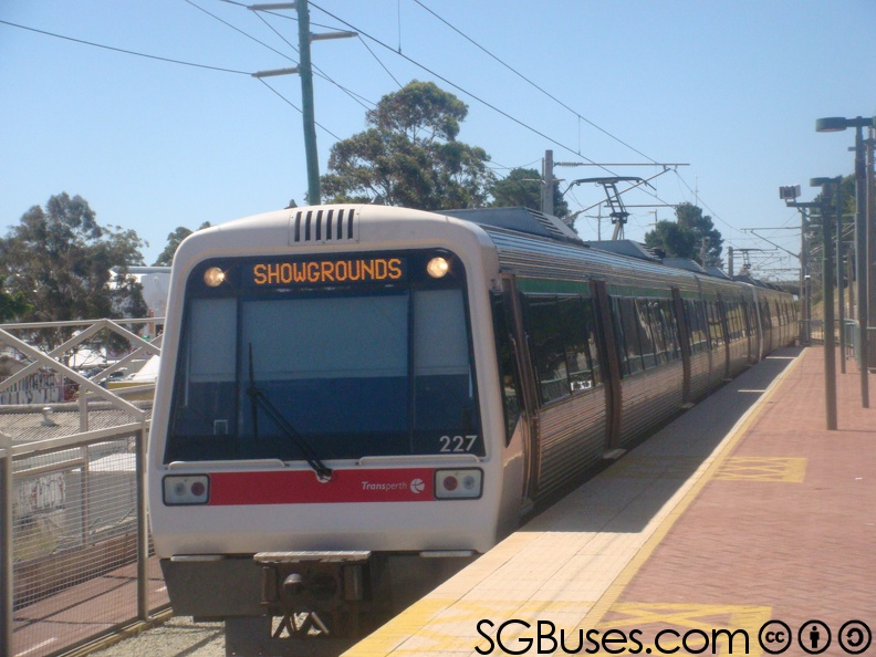 Transperth-ASeries-Ext-Showgrounds