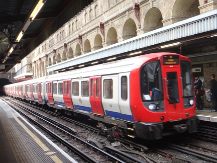 S8Stock-Ext-Barbican