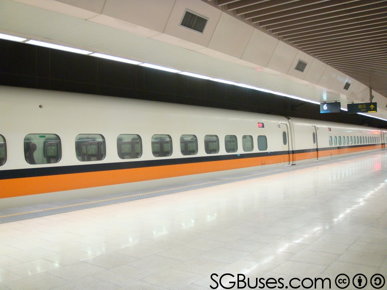 THSR-Ext-Carriage