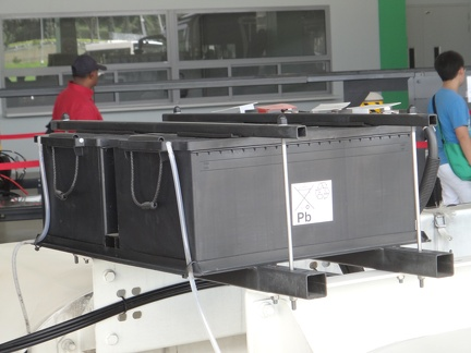 NL323F-Chassis-Battery